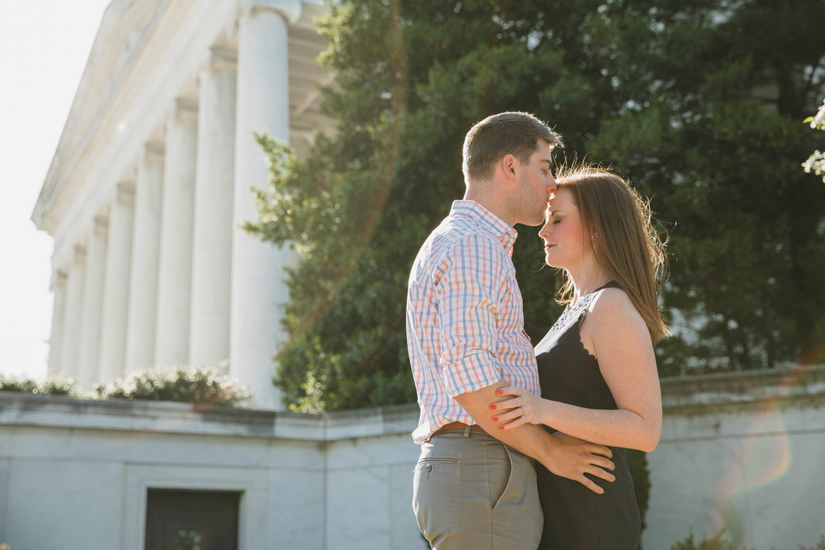 jefferson-memorial-engagement-photos
