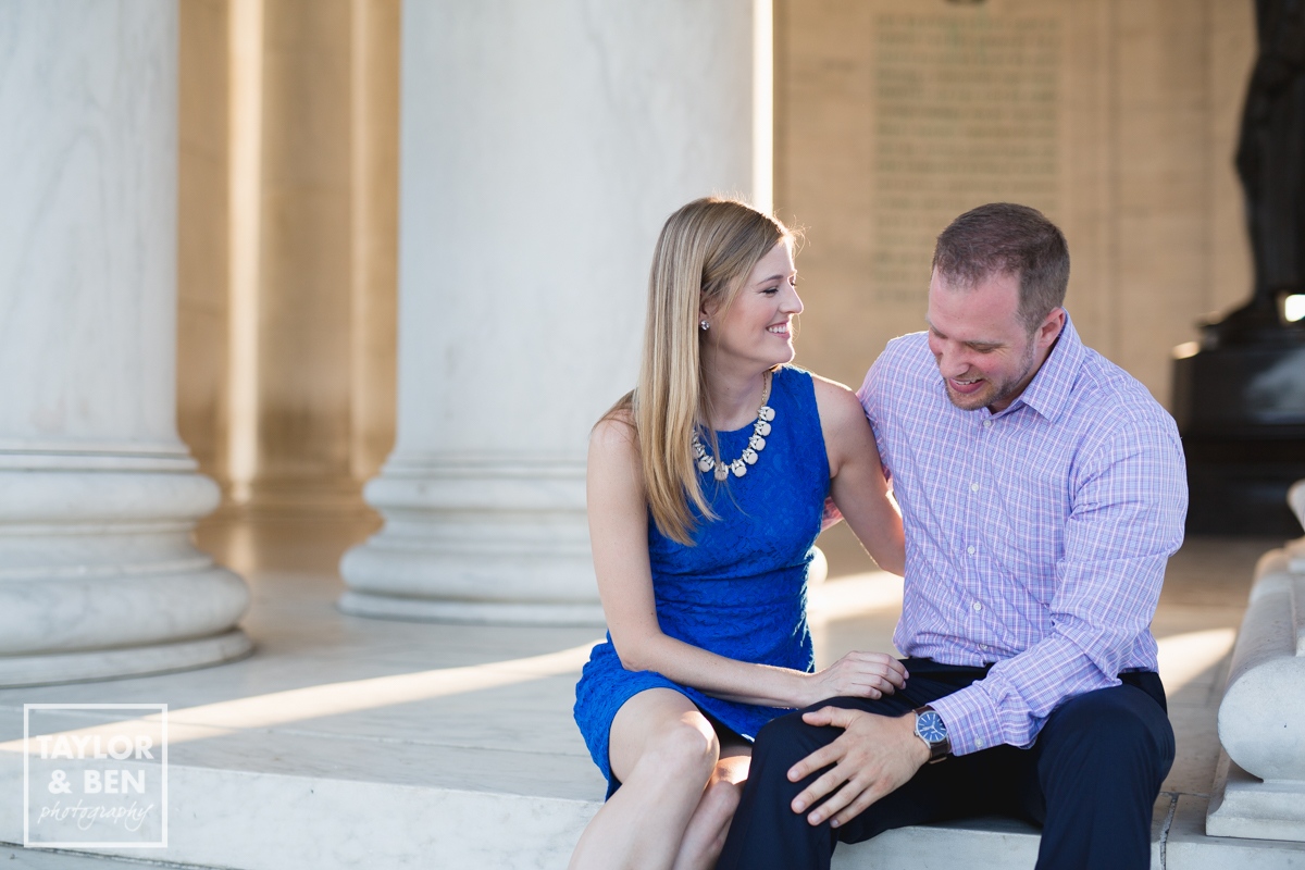 jefferson memorial-engagement-pictures-002