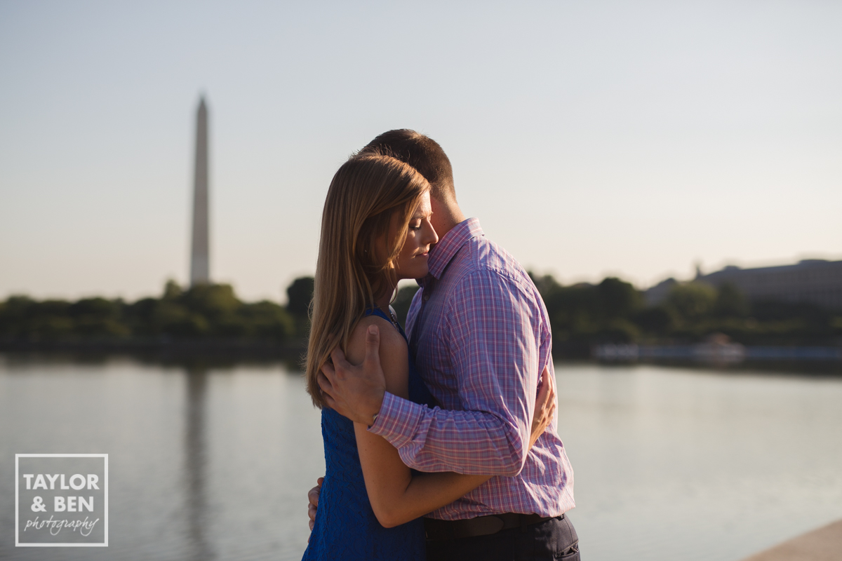 jefferson memorial-engagement-pictures-003