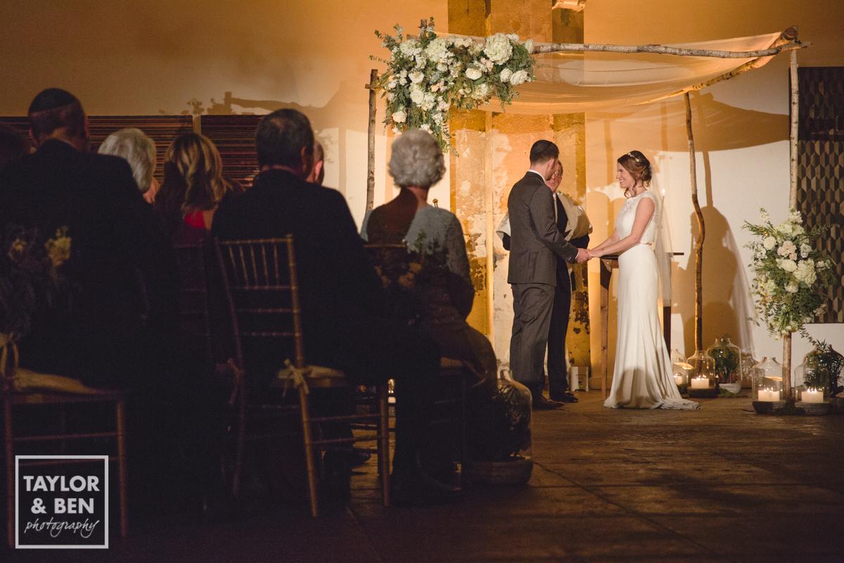 longview-gallery-wedding-ceremony-001